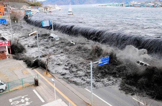 Japan tsunami at Sendai