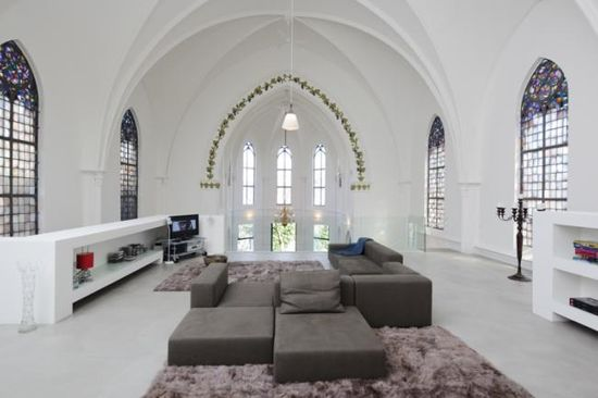 Old Dutch church converted into a beautiful house - Living Room -  by Zecc Architects