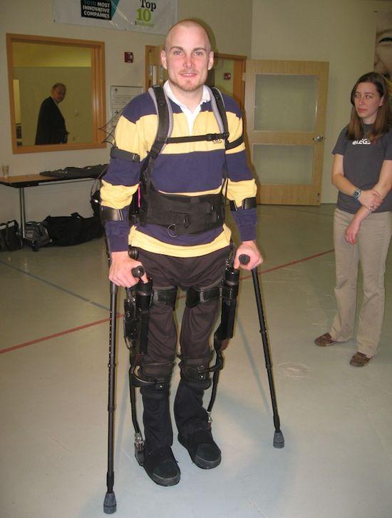 Berkeley Bionics' eLEGS is an artificially-intelligent bionic exoskeleton that helps paraplegic to walk