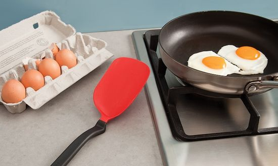 The Chopula spatula is perfect for flipping eggs easy over