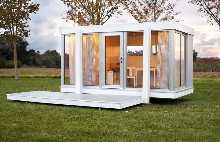 The Illinois playhouse by SmartPlayhouse