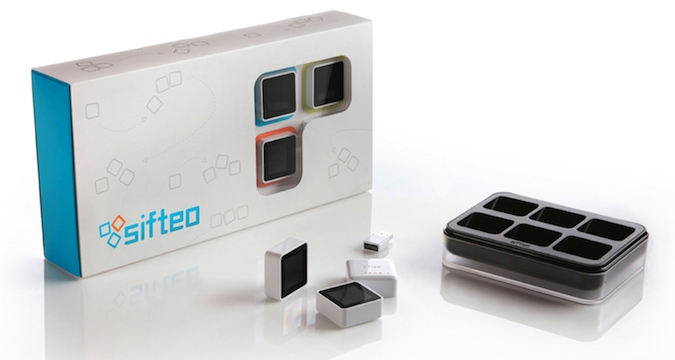 Sifteo Cubes Packaging 2