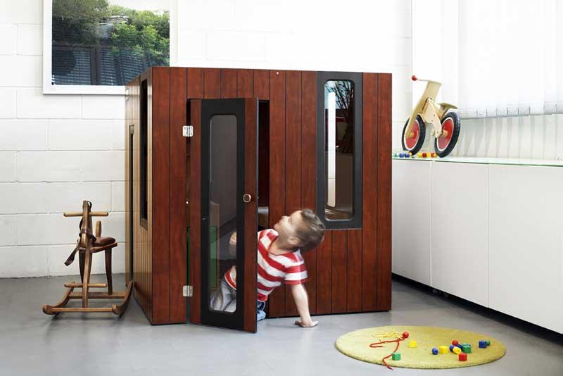 The Hoboken playhouse by SmartPlayhouse
