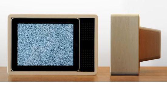 Jonas Damon docking unit to make your iPad into a portable TV 2