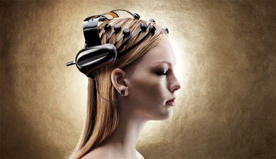 Neurofocus' MYND, the world's first portable, wireless electroencephalogram (EEG) scanner