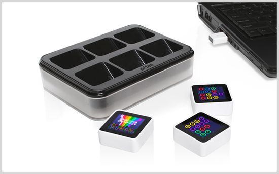 Sifteo Cubes 1