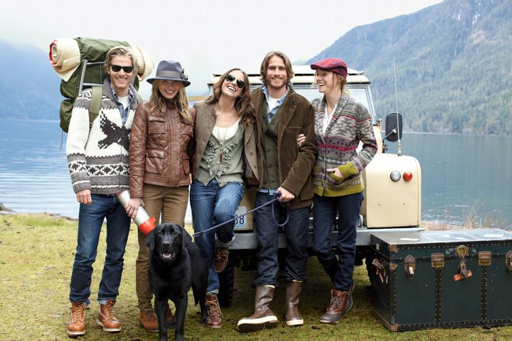 Eddie Bauer for Fall 2011 offers a 'urban country', thinner, livelier and more youthful look