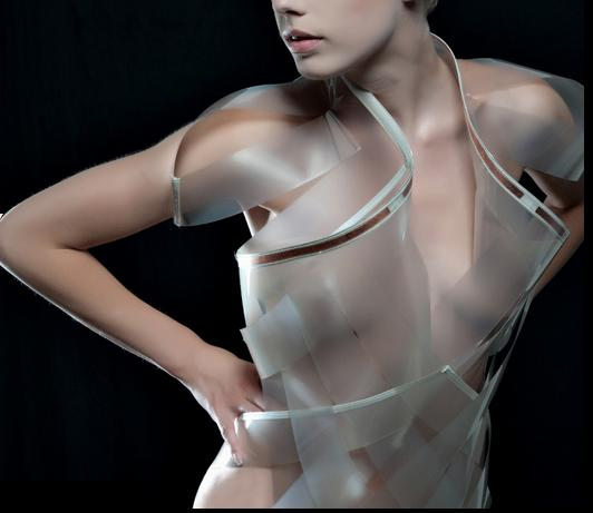 Intimacy 2.0 hyper-sexy e-dress by Dutch designer Studio Roosegaarde 4