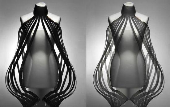 Intimacy 2.0 hyper-sexy e-dress by Dutch designer Studio Roosegaarde 5