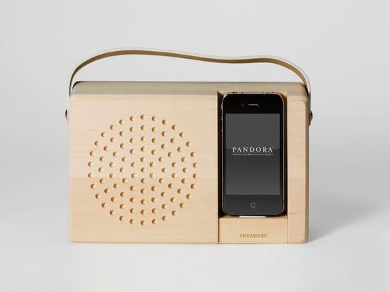 Jonas Damon docking unit to make an old-fashioned portable radio and music player  from your iPhone