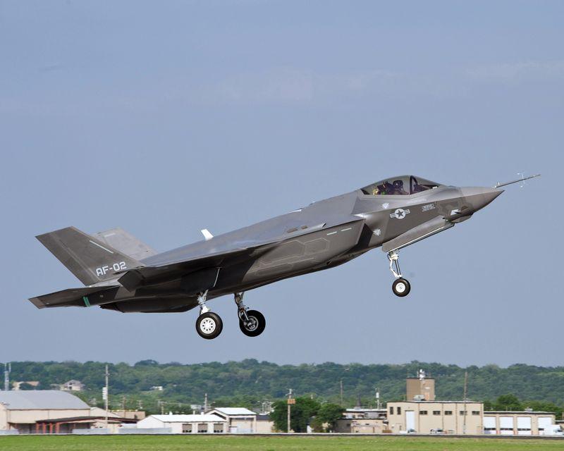 F-35 Lightning II taking off