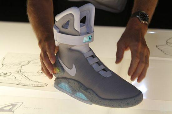 Nike MAG 4