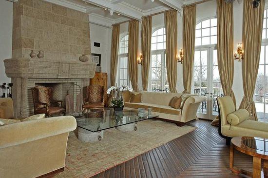 Feldman Chateau in Englewood, N.J. living room