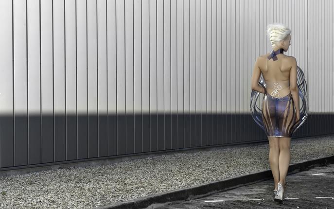 Intimacy 2.0 hyper-sexy e-dress by Dutch designer Studio Roosegaarde 7