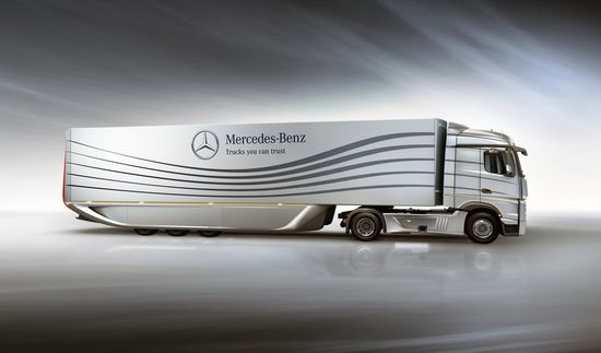 Mercedes-Benz Aero Trailer 2