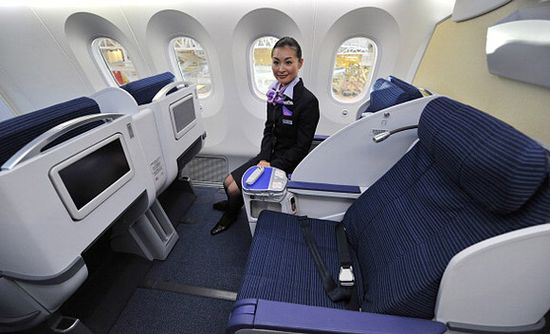 ANA's Boeing 787 Dreamler business class seats