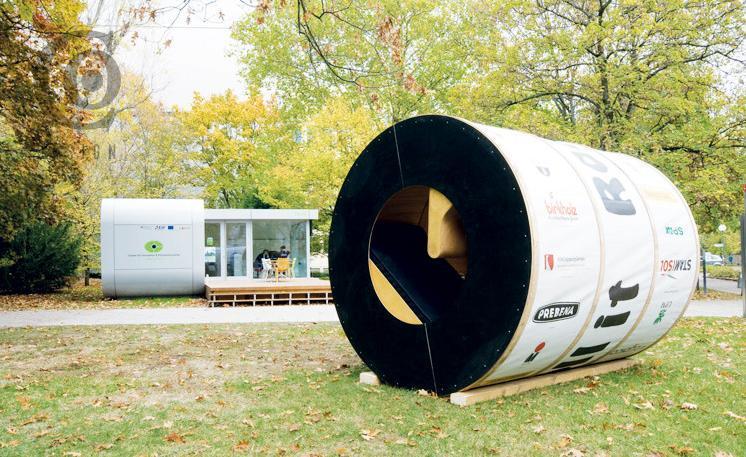 Roll-It Institut fur Entwerfen und Bautechnik University of Karlsruhe, Germany, 6 ft., 6 inch x 10 ft.