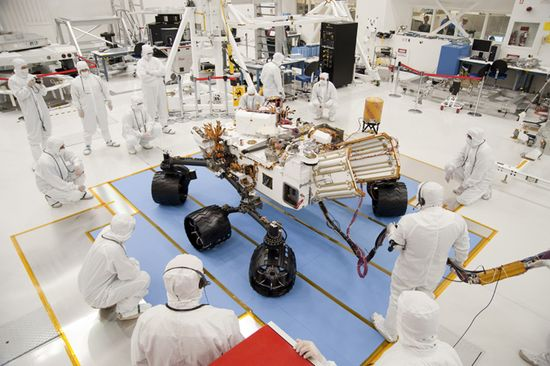 NASA scientists conducts tests of the Curiosity Rover