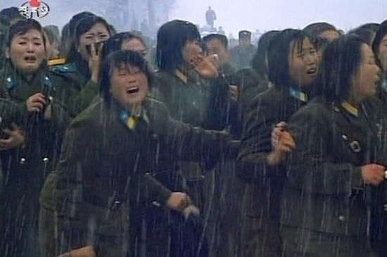 North Korean female soldiers cried over the passing of the midget dictator
