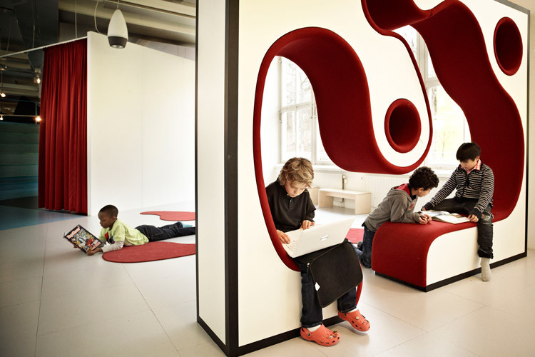 Vittra Telefonplan School offer 'Conversation Furniture' wherer students can work together and alone by Swedish design firm Rosan Bosch
