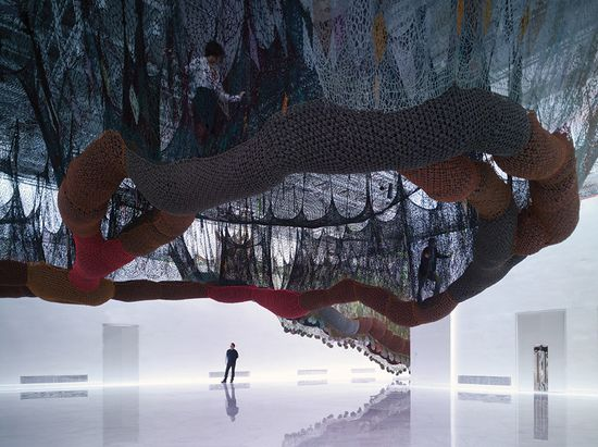 A massive maze of nets by Buenos Aires' Ernesto Neto puts Spiderman's webs to shame 3
