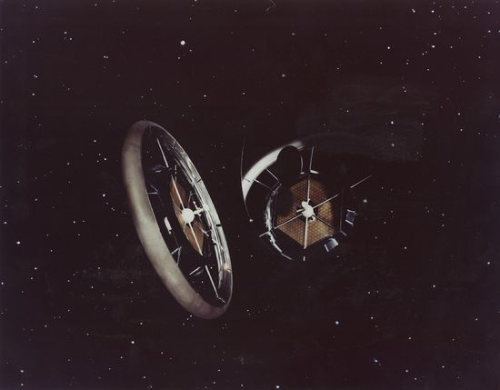NASA's Psychedelic Concepts From The 1970s - Huge mothership shaped like a wheel that spins creating artificial gravity