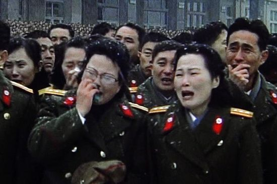 North Korean military personnel cried during the funeral