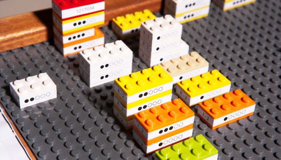 How General Motors is using Lego's to visualize production problems in 3D