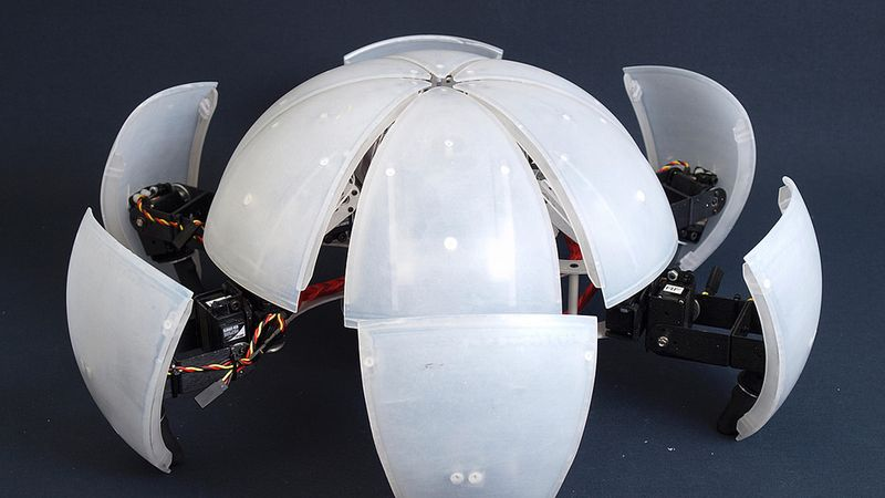 MorpHex, the robot that folds into a ball and rolls