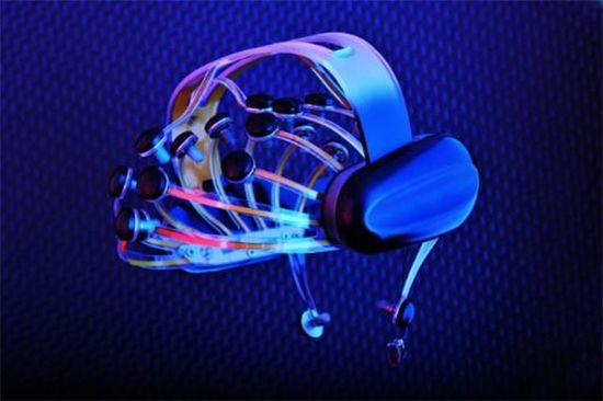 NeuroFocus designed and engineered Mynd, the world's first portable, wireless electroencephalogram (EEG) scanner