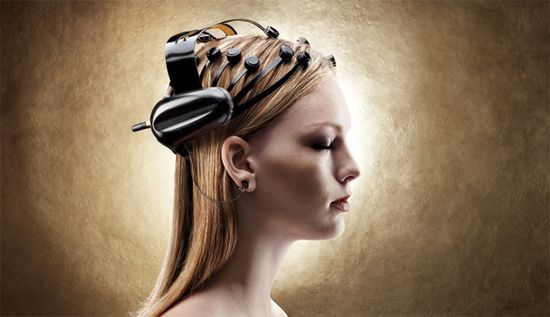 NeuroFocus' Mynd, the world's first portable, wireless electroencephalogram (EEG) scanner is worn by a research subject