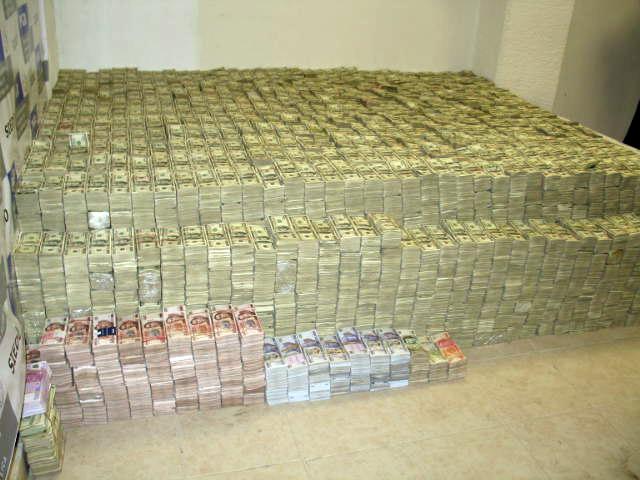 Apple cash hoard hidden in subterranean vault beneath Steve Job's former office