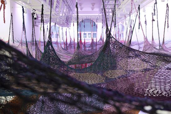 A massive maze of nets by Buenos Aires' Ernesto Neto puts Spiderman's webs to shame 4