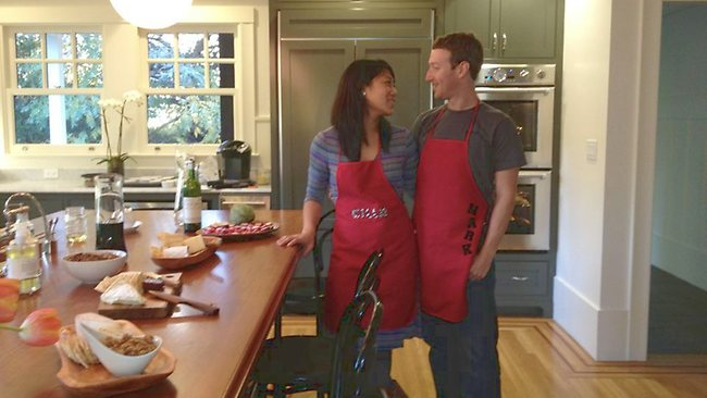 Mark Zuckerberg and live-in girlfriend Priscilla Chan prepared Thanksgiving dinner for a small group of friends at their home in Palo Alto