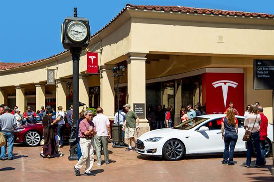 Tesla Motors Model S sedans in all four signature colors were showcased at the new Tesla Store in the Fashion Island Mall in Newport Beach, California
