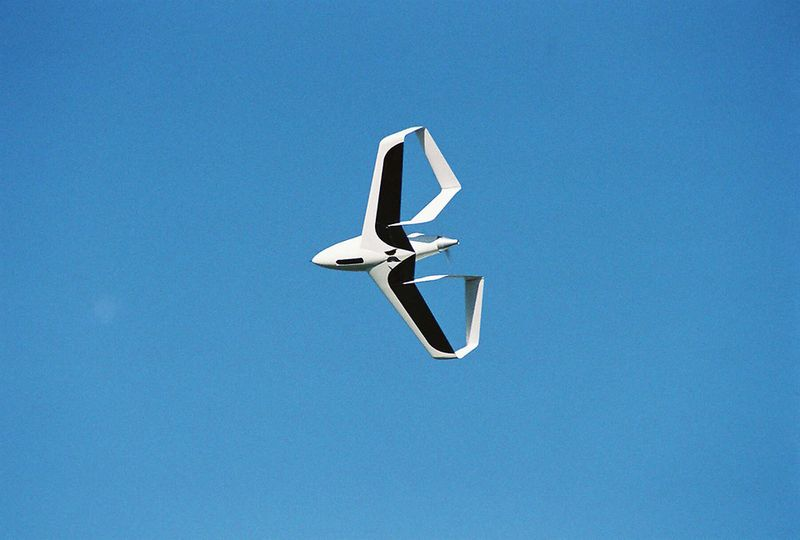 Synergy box-wing plane at one-quarter scale in flight 3