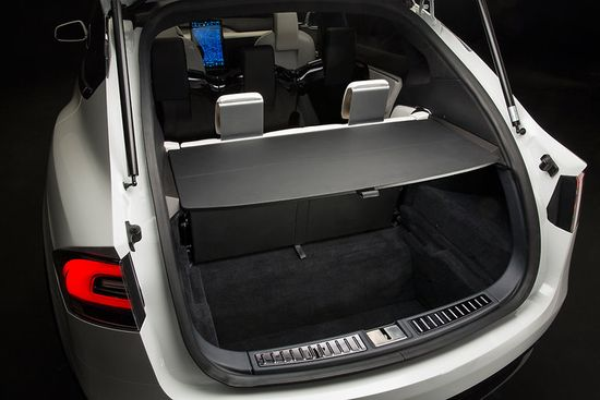 Tesla's Model X just doesn't have much personality beyond its ornate rear doors