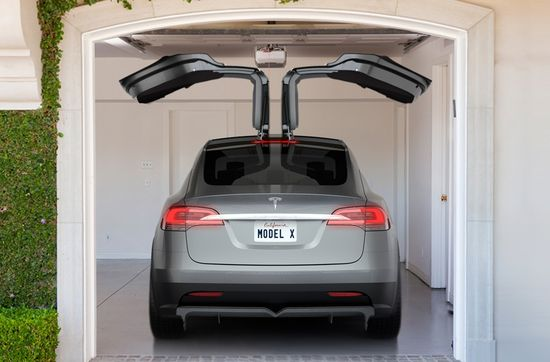 The Tesla Model X Falcon Wings allow easy in-and-out access even in the tightest parking spaces 2