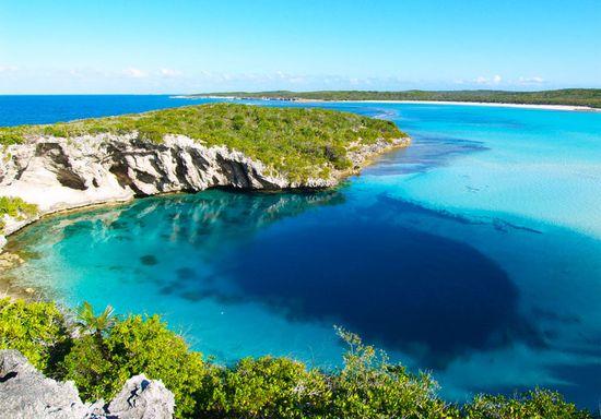 Dean's Blue Hole, Bahamas closeup