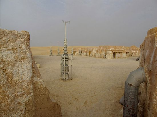 The sets were abandoned after filming wrapped. Located near Tozeur in central Tunisia, near Algeria, the alien structures are virtually unknown by locals, and some can only be found with coordinates