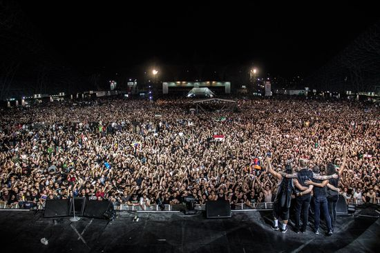 Loyal Metallica fans show their loyalty for one of the greatest heavy metal bands