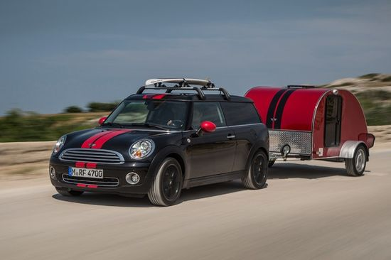 The Mini Cowley Caravan looks very slick and snazzy on the road