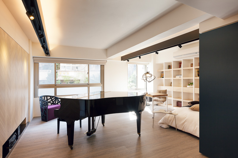 Small apartment in Taiwan 11