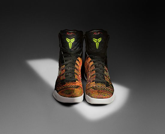 The Kobe 9 Elite Flyknit upper leads to a Flywire midsole (the firmer, Flyknit predecessor) to lock the foot on the sole. Why