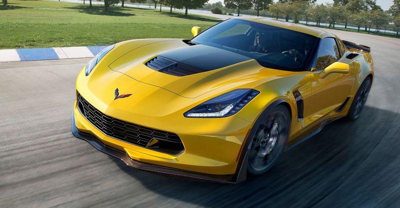 2015-Chevrolet-CorvetteZ06-003