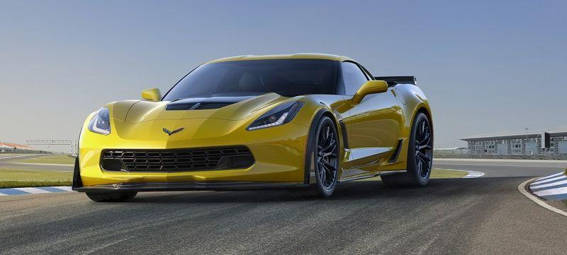 2015-Chevrolet-CorvetteZ06-004