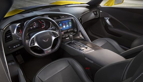 2015-Chevrolet-CorvetteZ06-024