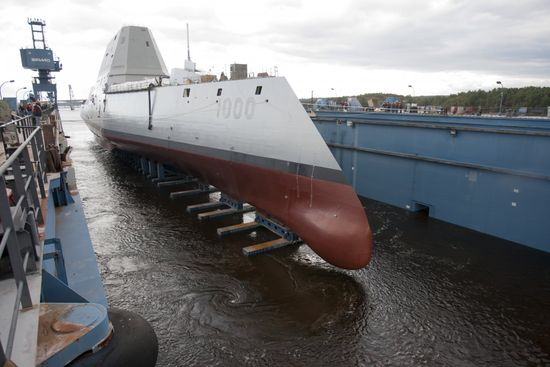 On the outside, the USS Zumwalt not only looks cool (rule No 1), but it's a full 100 feet longer than existing classes of destroyer