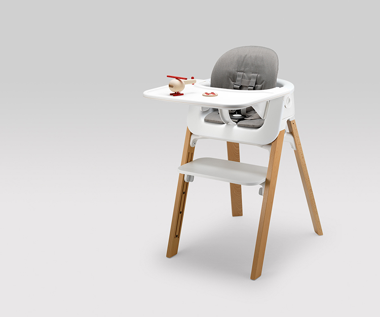 Now, Stokke has tapped Oslo-based design group Permafrost to add a baby bouncer to the adjustable seating system