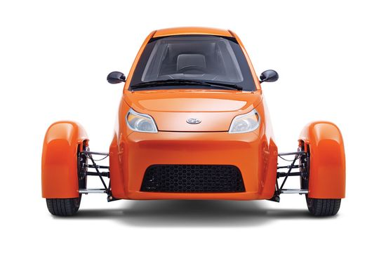 The Elio three-wheel motorcycle-automobile is supposed to get 672 miles on a tank of gas and costs only $6,800